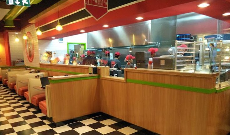 Best burges in Qatar - Al Sadd MOOYAH Burgers Fries and Shakes