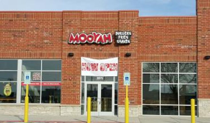 MOOYAH best burger in chicago - good restaurants in joliet