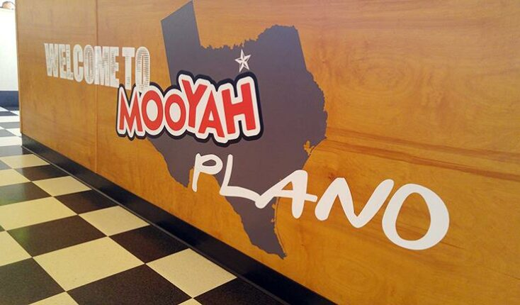 7000 Independence Pkwy MOOYAH interior welcome graphic