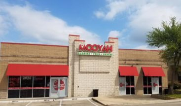 rockwall restaurants mooyah burgers fries and shakes